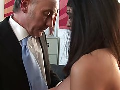 Horny boss is fucking a new office chick after she gave him ...