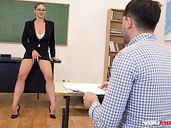 Super sexy teacher, Cathy Heaven is fucking her student whil...
