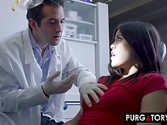 Kendra Spade and her handsome dentist are often fucking in h...