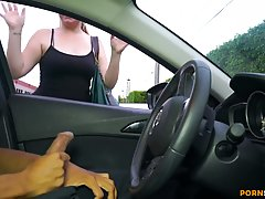Amateur brunette saw a guy jerking off in his car and decide...