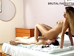 Kinky blonde is facesitting a guy she likes a lot and spread...