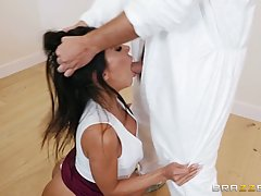 Big ass brunette, Lela Star is sucking her lover's ...