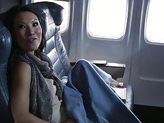 Аса Акира трахается с мужиком на самолете Джессика Дрейк мас...
