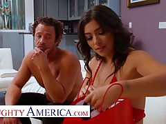 Brooklyn Gray is sucking her married lover's dick w...
