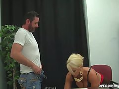 Big titted, blonde teacher is using every opportunity to hav...